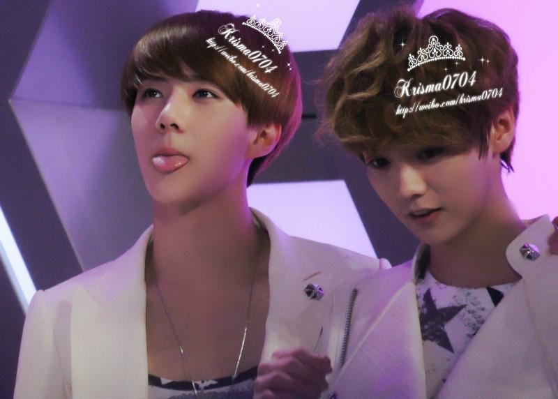 EXO新人驾到女扮男装EXO第一卷 新人驾到 第6章 EXO反对新成员加